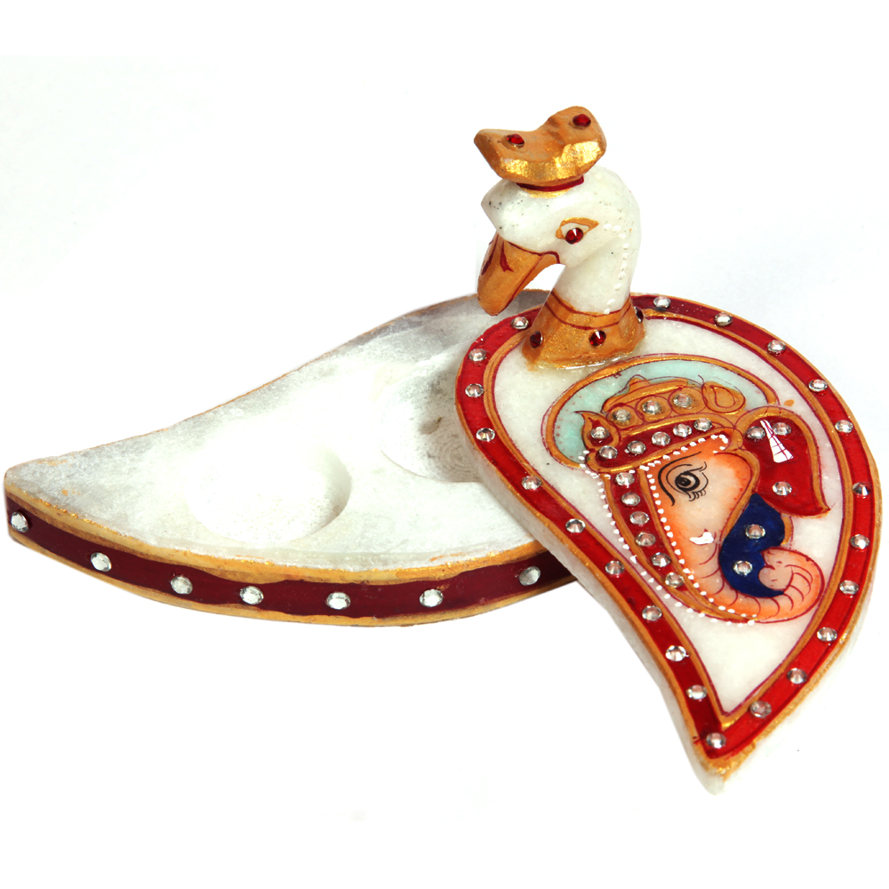 Peacock Chopra with Engraved Ganesh - white-peacock-chopra-for-traditional-gift-bh-0007