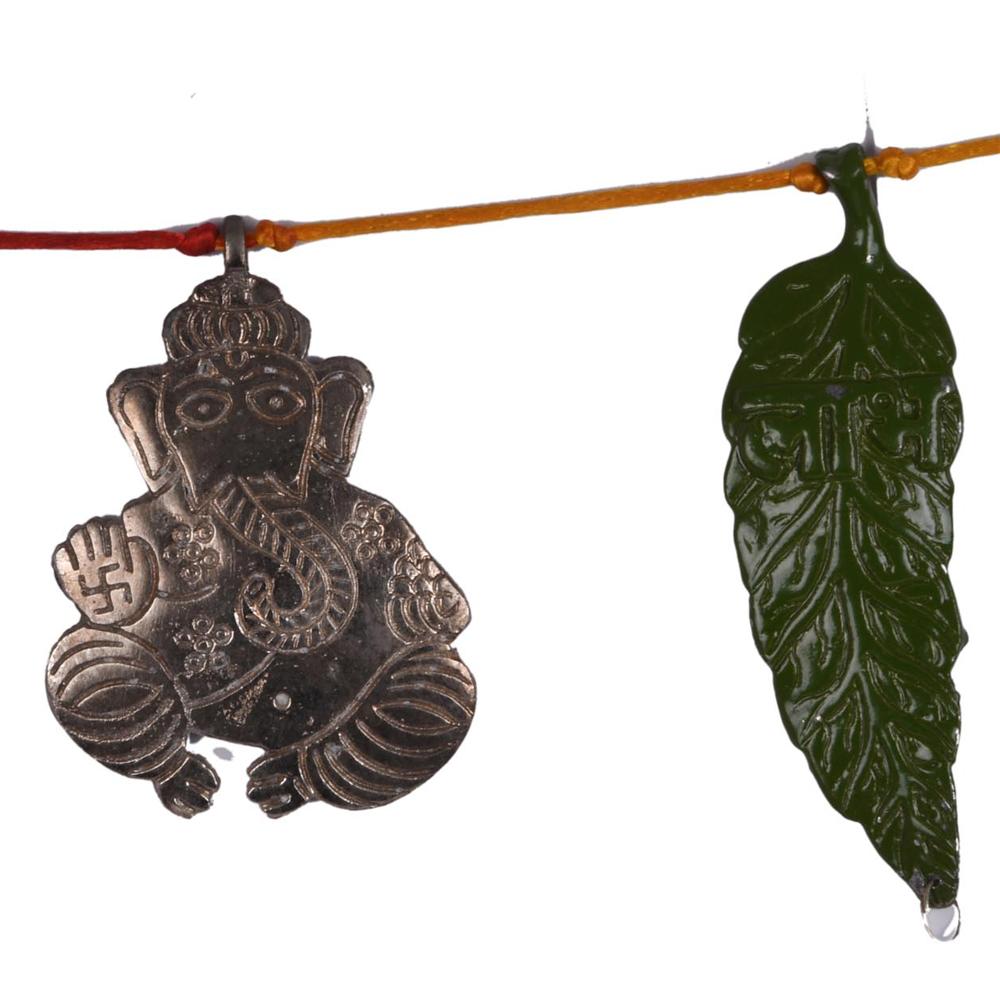 Buy this oxidised metal green leaf bandarwal for decorating doorways, and halls - oxidised metal green leaf bandarwal