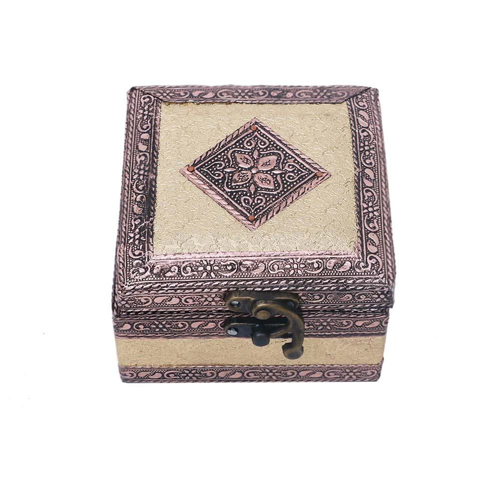 Single compartment engraved resin jewellery box - Single compartment engraved resin jewellery box