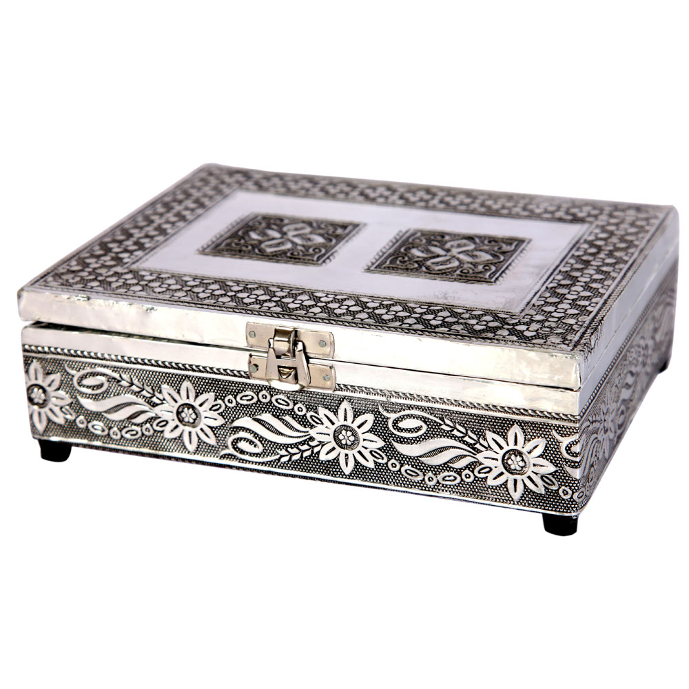 Oxidized Crafted Traditional Velvet Jewellery Box Online