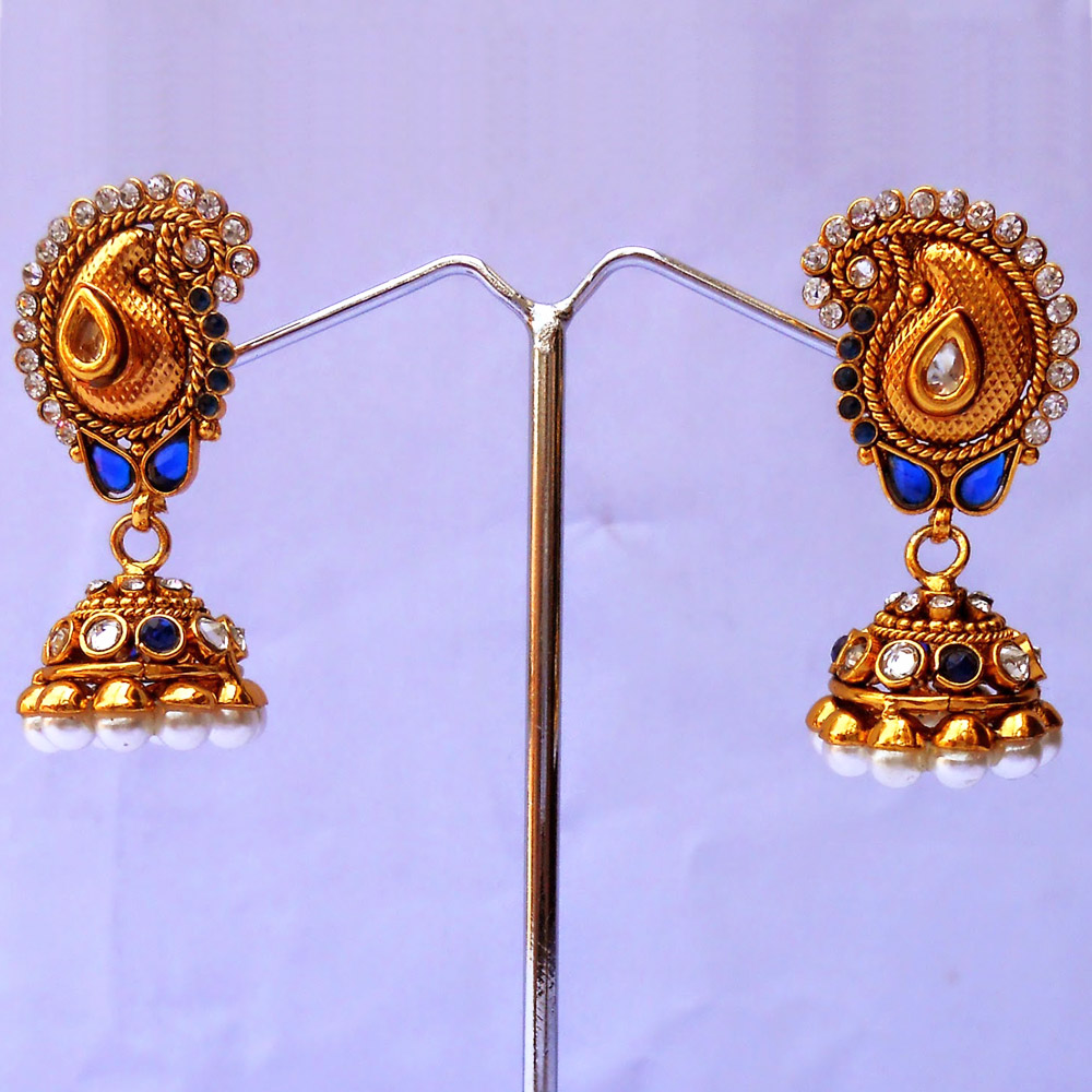 Stylish pair of blue jhumka earrings