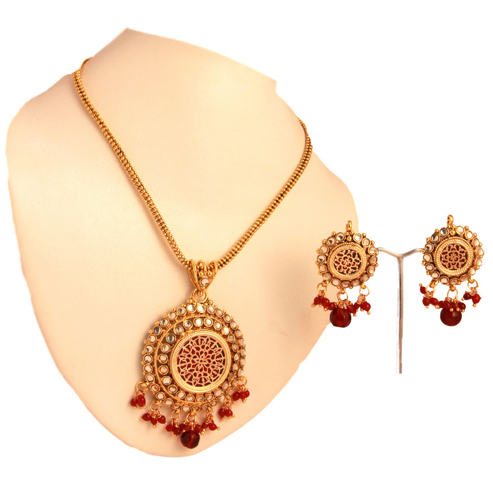 Thewa red pendant set with brass metal and micro gold covering