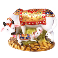 Marble Fibre Figurine Of Cow & Calf As Showpiece Online