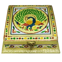 Square shaped dryfruit gift box