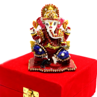 Lord Ganesha In Sitting Posture With Red Velvet Packing Case