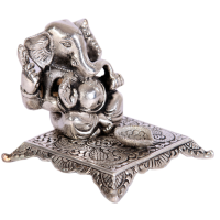 Oxidised ganesh chowki with diya